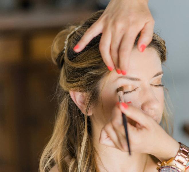 Make up by Santorini Makeup artist and hair stylist Sofie's Choice in Oia, Santorini