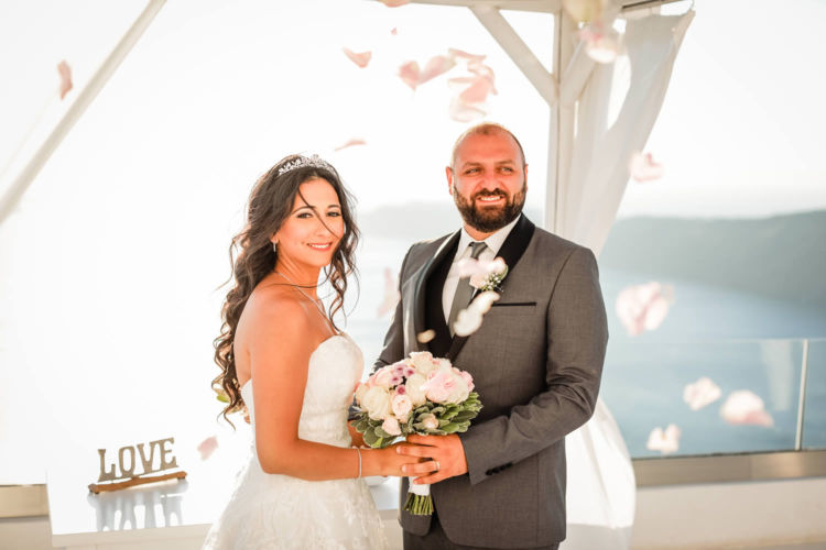 Santorini Bridal Hairstyles & Bridal Makeup (23)
