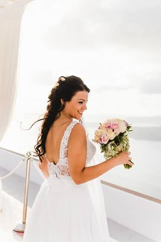 Santorini Bridal Hairstyles & Bridal Makeup (35)