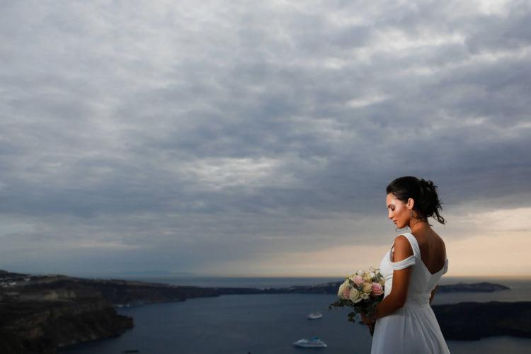 Santorini Bridal Hairstyles & Bridal Makeup (4)